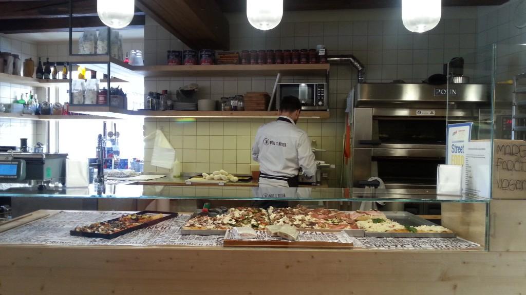Interno Pizza Cafè la Torre Verona