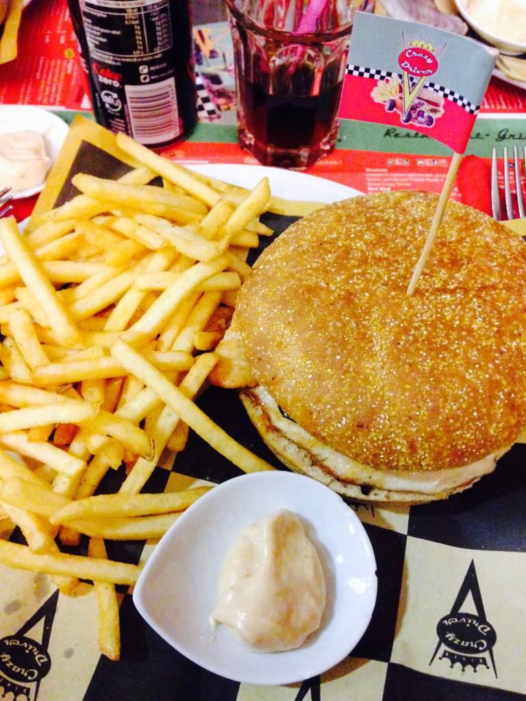 Hamburger Crazy Driver Diner Como
