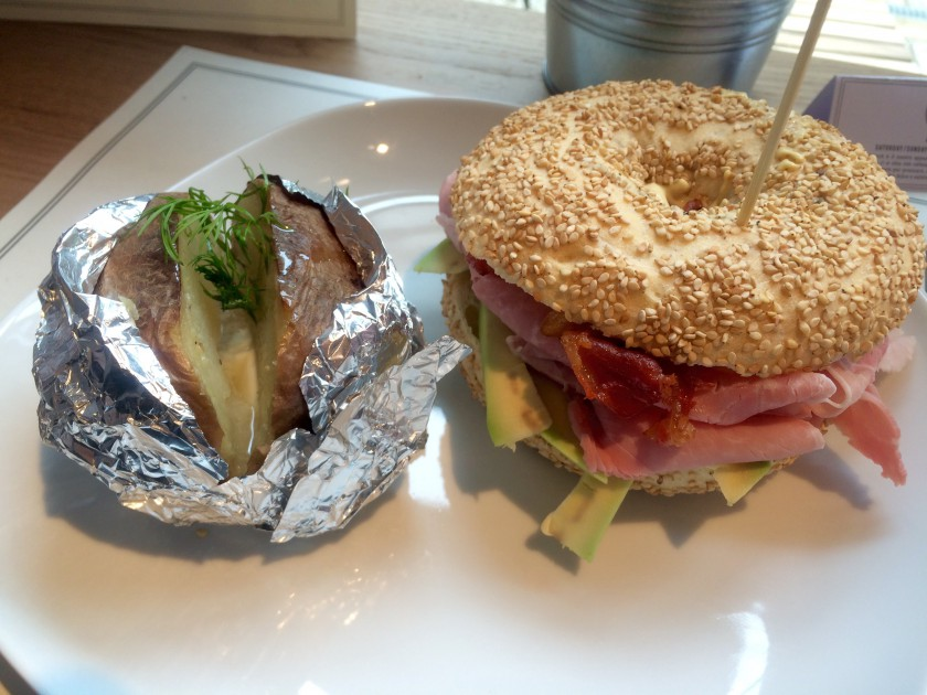 Brunch Elk Bagel Lakers1