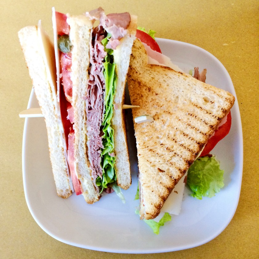Checchi Cafè Brunch Club Sandwich New York