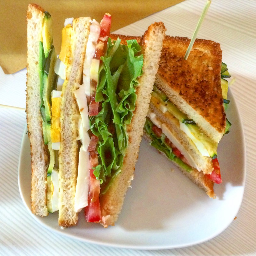 Checchi Cafè Brunch Club Sandwich Vegetariano