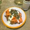 (Baked potato full size – Dr. Salmon & Mr. Butter, € 10,90)
